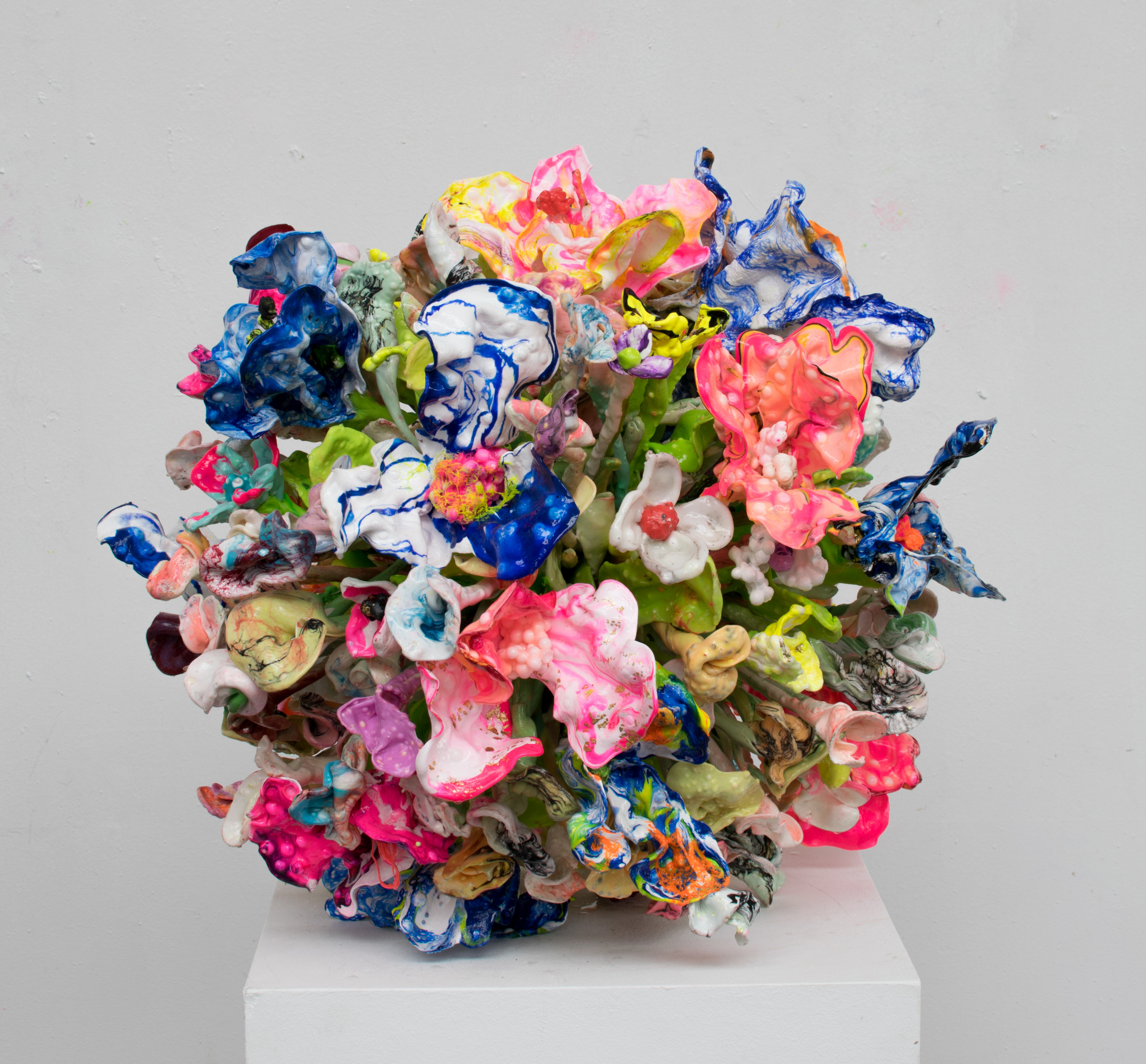 """<span class=""""link fancybox-details-link""""><a href=""""/artists/42-stefan-gross/works/5392-stefan-gross-flower-bomb-2019/"""">View Detail Page</a></span><div class=""""artist""""><strong>Stefan Gross</strong></div> <div class=""""title""""><em>Flower Bomb</em>, 2019</div> <div class=""""medium"""">Oil Plastic</div> <div class=""""dimensions"""">50 cm</div><div class=""""price"""">€5,000.00</div>"""