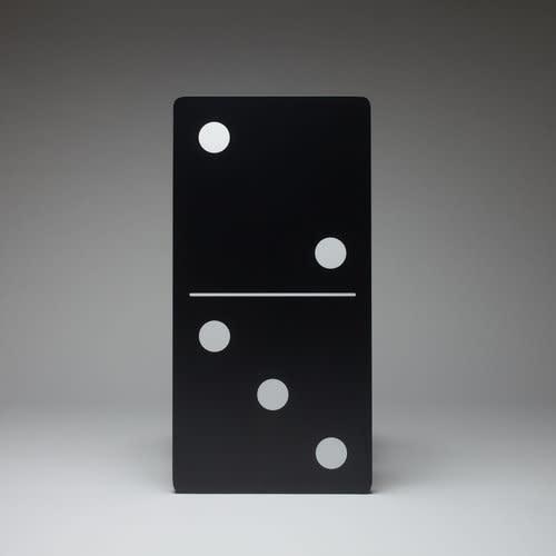 <span class=&#34;link fancybox-details-link&#34;><a href=&#34;/artists/51-natasja-van-der-meer/works/4957-natasja-van-der-meer-domino-2012/&#34;>View Detail Page</a></span><div class=&#34;artist&#34;><strong>Natasja van der Meer</strong></div> <div class=&#34;title&#34;><em>Domino</em>, 2012</div> <div class=&#34;dimensions&#34;>48 x 96 x 4 cm</div>