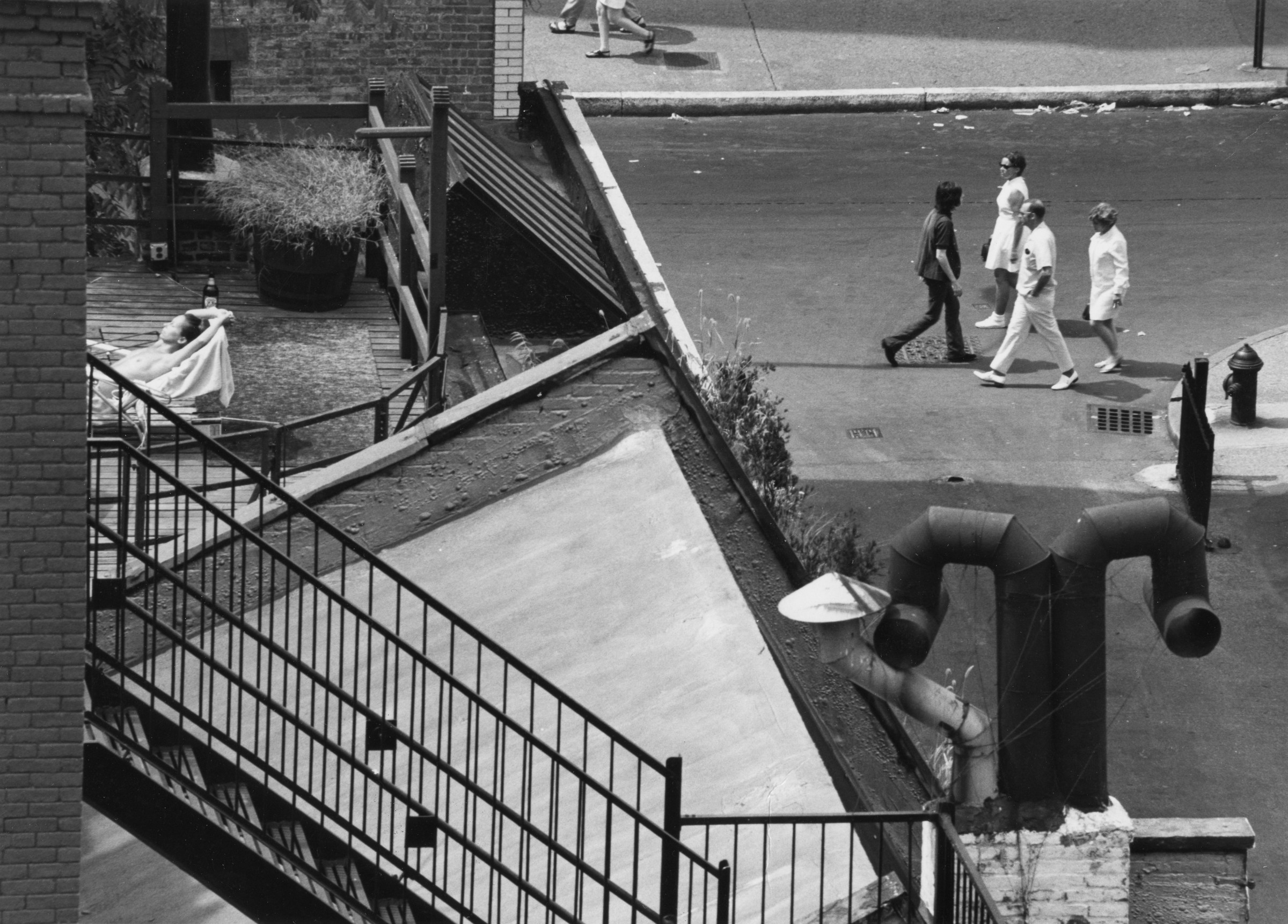 "<span class=""link fancybox-details-link""><a href=""/artists/47-andre-kertesz/works/20315-andre-kertesz-new-york-sunbather-on-roof-august-9-1969/"">View Detail Page</a></span><div class=""artist""><strong>André Kertész</strong></div> 1894-1985 <div class=""title""><em>New York [sunbather on roof]</em>, August 9, 1969</div> <div class=""signed_and_dated"">Titled and annotated ""Ouverture Arts Kertesz"",  in pencil, dated, in pencil and ink; Paris Scope stamp and artist stamp, in ink, au verso<br /> Estate #6-1603-001-2-1-32 E<br /> Printed in 1969<br /> Provenance: Direct from the Estate of André Kertész, New York</div> <div class=""medium"">Gelatin silver print</div> <div class=""dimensions"">7 x 9 ½ inch (17.78 x 24.13 cm) image<br /> 8 x 10 inch (20.32 x 25.40 cm) paper</div> <div class=""edition_details""></div><div class=""copyright_line"">© The Estate of André Kertész</div>"