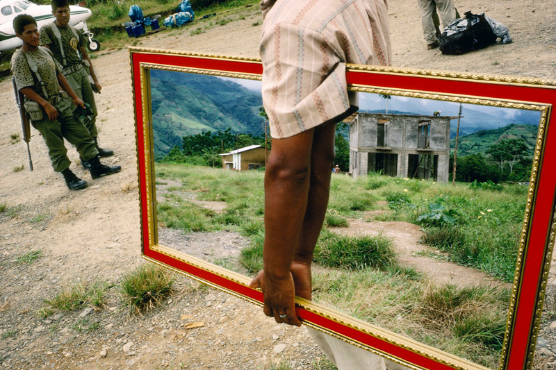 <span class=&#34;link fancybox-details-link&#34;><a href=&#34;/artists/85-alex-webb/works/17163-alex-webb-palmapampa-peru-1993/&#34;>View Detail Page</a></span><div class=&#34;artist&#34;><strong>Alex Webb</strong></div> b. 1952 <div class=&#34;title&#34;><em>Palmapampa, Peru</em>, 1993</div> <div class=&#34;signed_and_dated&#34;>Signed, titled, dated, and editioned, in ink, au mount verso<br /> Printed in 2011</div> <div class=&#34;medium&#34;>Chromogenic print mounted to archival board</div> <div class=&#34;dimensions&#34;>18 ½ x 28 inch (46.99 x 71.12 cm) image<br /> 24 ¾ x 34 inch (62.87 x 86.36 cm) paper/board</div> <div class=&#34;edition_details&#34;>Edition of 20 (#2/20)</div><div class=&#34;copyright_line&#34;>© Alex Webb / Magnum Photos</div>
