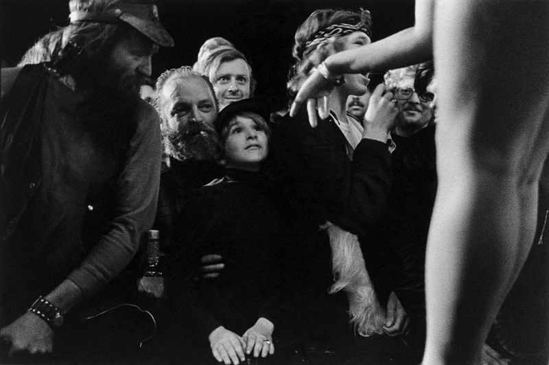 "<span class=""link fancybox-details-link""><a href=""/artists/48/series/carnival-strippers/11538-susan-meiselas-before-the-show-tunbridge-vermont-1974/"">View Detail Page</a></span><div class=""artist""><strong>Susan Meiselas</strong></div> b. 1948 <div class=""title""><em>Before the Show, Tunbridge, Vermont</em>, 1974</div> <div class=""signed_and_dated"">Signed, titled, and dated, in pencil, au verso<br /> Artist's Ref NYC15694<br /> Printed in 2008</div> <div class=""medium"">Gelatin silver print</div> <div class=""dimensions"">12 ¼ x 18 ¼ inch (31.12 x 46.36 cm) image<br /> 16 x 20 inch (40.64 x  50.80 cm) paper</div> <div class=""edition_details""></div><div class=""copyright_line"">© Susan Meiselas / Magnum Photos</div>"