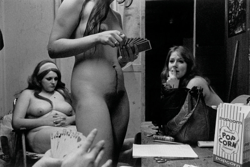 "<span class=""link fancybox-details-link""><a href=""/artists/48/series/carnival-strippers/11541-susan-meiselas-the-dressing-room-fryeburg-maine-1975/"">View Detail Page</a></span><div class=""artist""><strong>Susan Meiselas</strong></div> b. 1948 <div class=""title""><em>The Dressing Room, Fryeburg, Maine</em>, 1975</div> <div class=""signed_and_dated"">Signed, titled, and dated, in pencil, au verso<br /> Artist's Ref NYC15726<br /> Printed in 2008</div> <div class=""medium"">Gelatin silver print</div> <div class=""dimensions"">12 ¼ x 18 ¼ inch (31.12 x 46.36 cm) image<br /> 16 x 20 inch (40.64 x  50.80 cm) paper</div> <div class=""edition_details""></div><div class=""copyright_line"">© Susan Meiselas / Magnum Photos</div>"