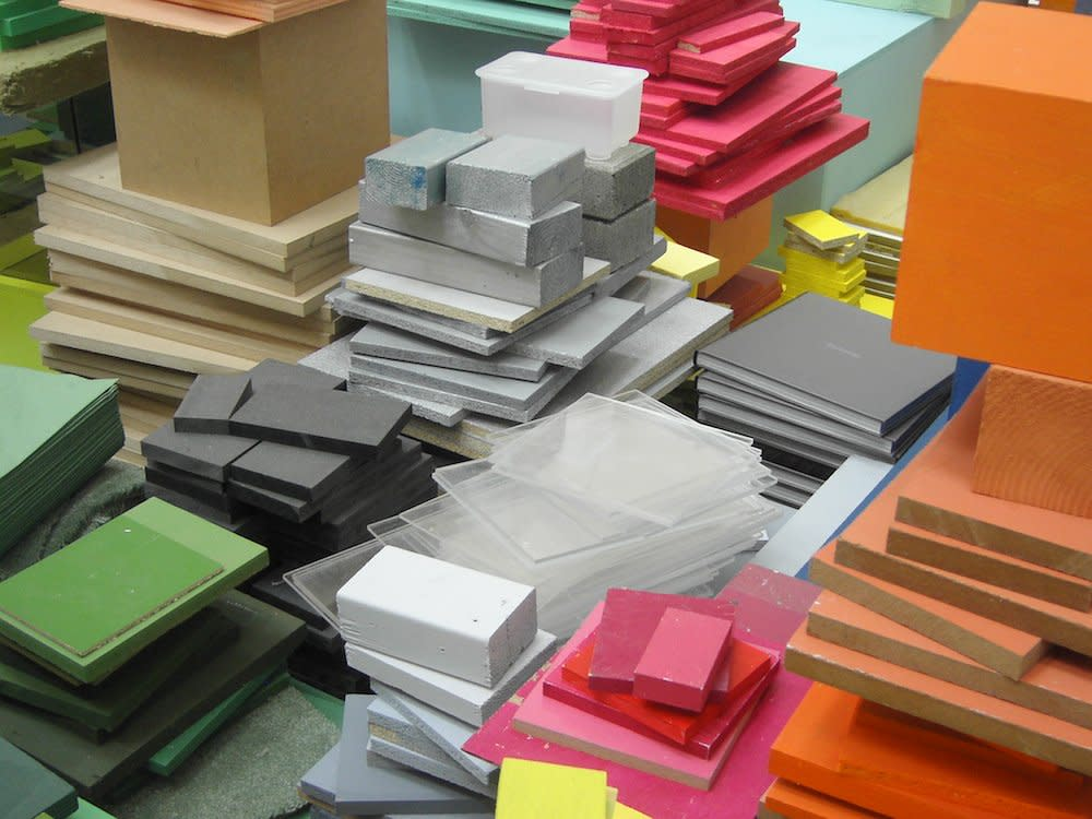 <span class=&#34;link fancybox-details-link&#34;><a href=&#34;/artists/44-jacob-dahlgren/works/7032/&#34;>View Detail Page</a></span><div class=&#34;artist&#34;><strong>Jacob Dahlgren</strong></div> <div class=&#34;title&#34;><em>Colour reading and contexture</em>, 2010</div> <div class=&#34;medium&#34;>Mixed Media</div> <div class=&#34;dimensions&#34;>1700 x 1400 x 270 cm<br />669 1/4 x 551 1/8 x 106 1/4 in</div><div class=&#34;copyright_line&#34;>Copyright The Artist</div>