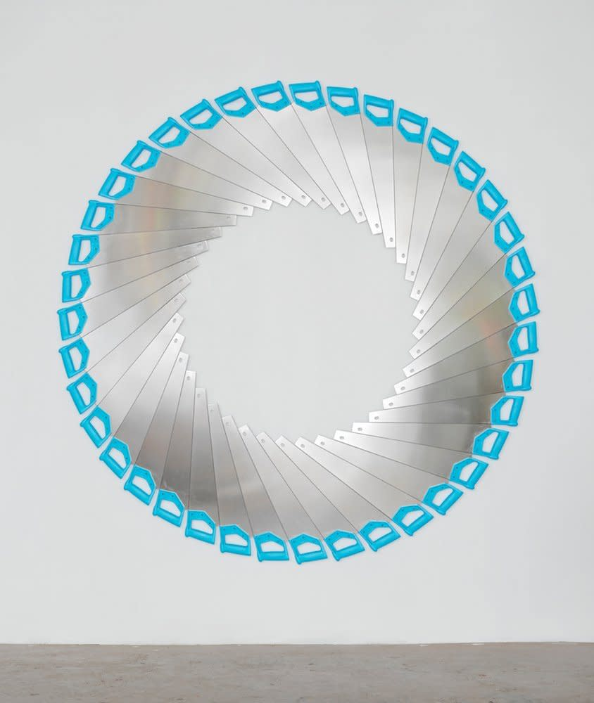 <span class=&#34;link fancybox-details-link&#34;><a href=&#34;/artists/44-jacob-dahlgren/works/7045/&#34;>View Detail Page</a></span><div class=&#34;artist&#34;><strong>Jacob Dahlgren</strong></div> <div class=&#34;title&#34;><em>Untitled Endless Cut</em>, 2011</div> <div class=&#34;medium&#34;>Saws</div> <div class=&#34;dimensions&#34;>195 cm Diameter</div><div class=&#34;copyright_line&#34;>Copyright The Artist</div>