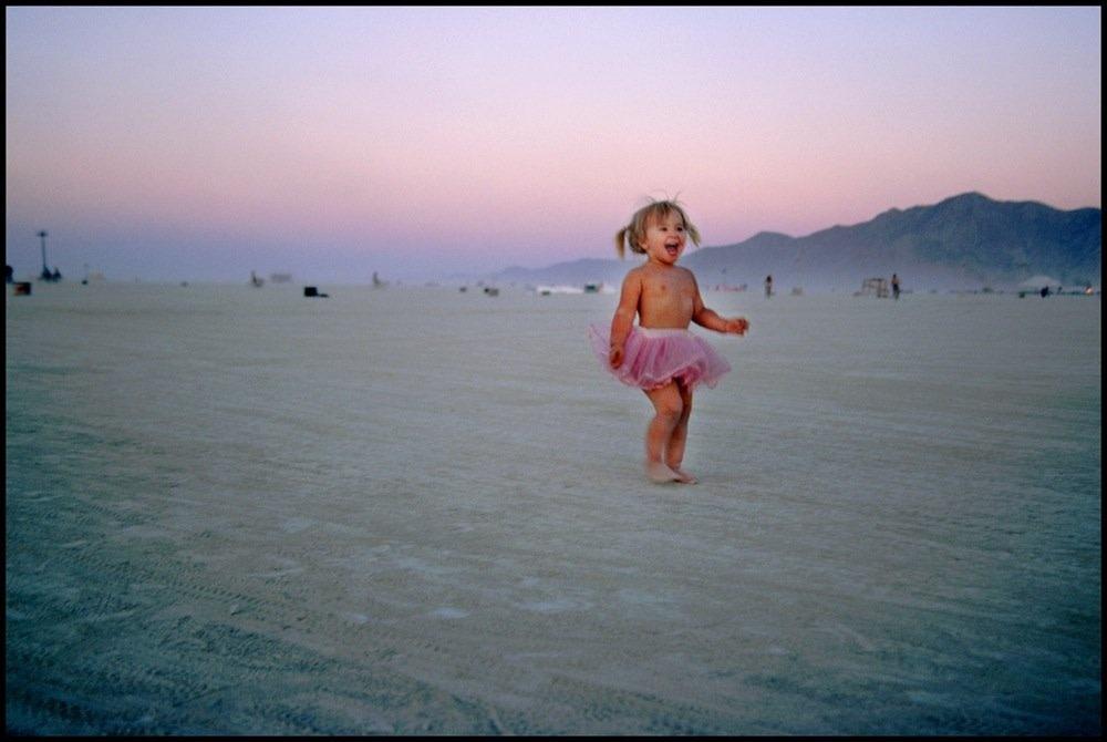 "<span class=""link fancybox-details-link""><a href=""/artists/36/series/wonder/1952/"">View Detail Page</a></span><div class=""artist""><strong>Ohad Maiman</strong></div> <div class=""title""><em>Childhood (Black Rock, Nevada)</em>, 2006</div> <div class=""medium"">C-Print</div> <div class=""dimensions"">30 x 42 inches<br />76.2 x 106.7 cms</div> <div class=""edition_details"">edition of 5 plus 1 artist's proof</div><div class=""copyright_line"">Copyright The Artist</div>"