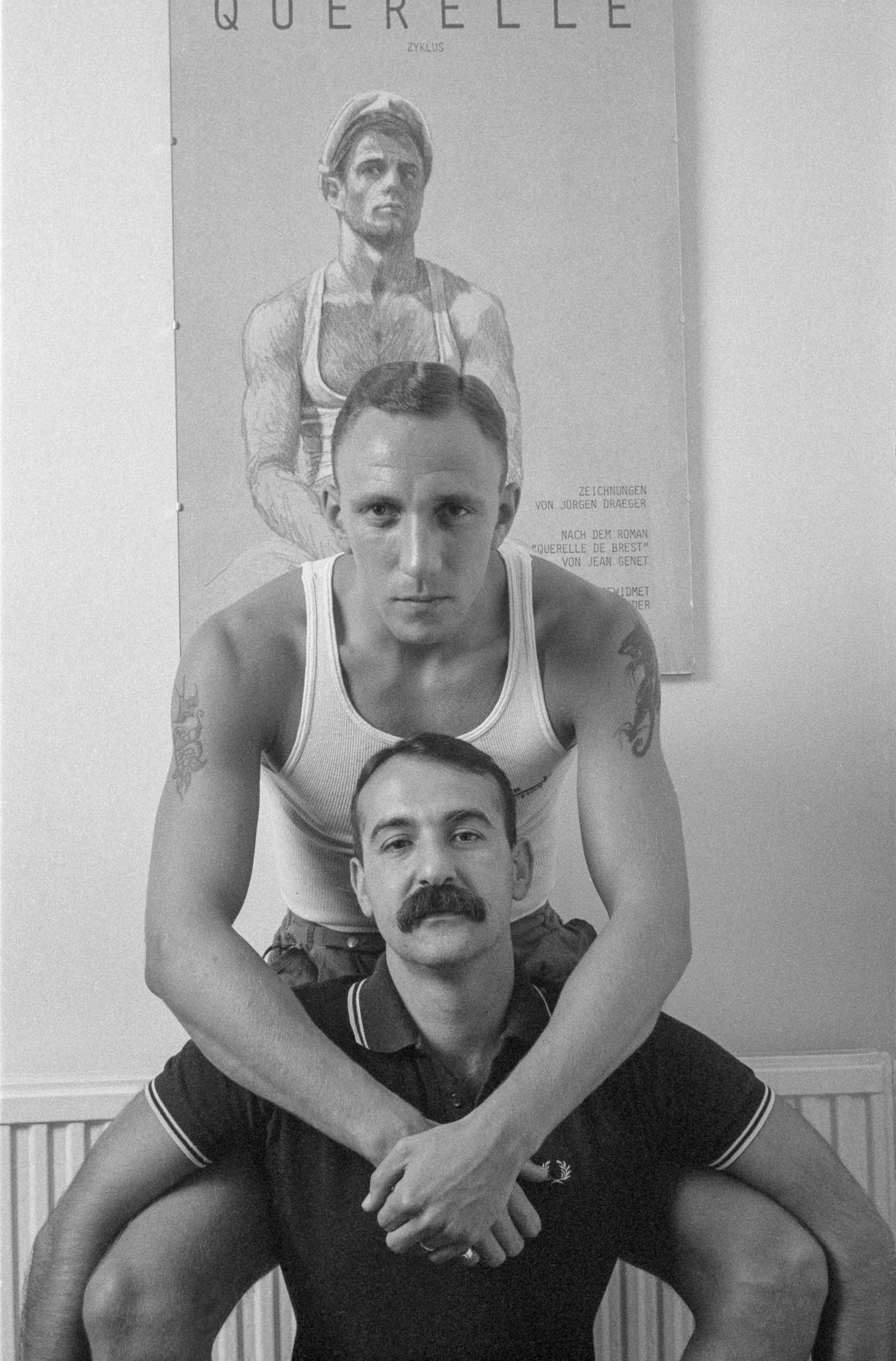 Ian & Pavlik, 1984