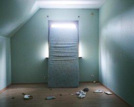 Unsettled (2007 -2012) - Isabelle Pateer