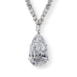 A pear-shaped diamond necklace