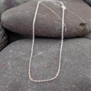 Marsha Drew, Thin Single Link Fine Chain