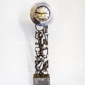 Kerry Whittle, Tool Sculpture Clock