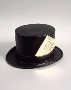Clive Barker, Mad Hatter's Hat, 2009