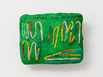 Sophie Barber, 2 Tables die Askulptur, 2020. © Sophie Barber