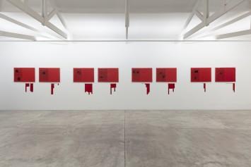 Antonio Dias: Ta Tze Bao e outras obras -- vista da exposição -- Galeria Nara Roesler | São Paulo -- foto © Everton Ballardin