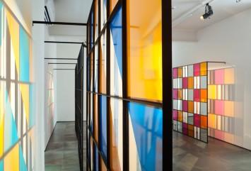 cores, luz, projeção, sombras, transparência: obras in situ e situadas, daniel buren