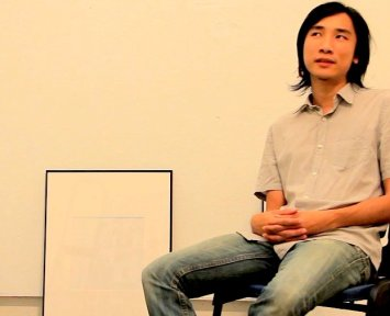 In the documentary: Artist Ho Siu Nam South introducing his works