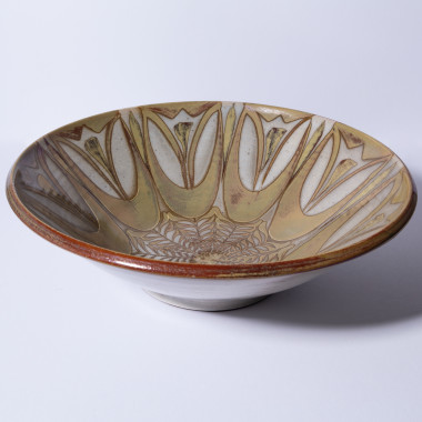 Alan Caiger-Smith - An Aldermaston Pottery flared bowl with lustre, c 1970