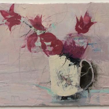 Ffiona Lewis - Red Tulip on Green, 2015
