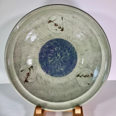 <span class=%22title%22>Large thrown open bowl<span class=%22title_comma%22>, </span></span><span class=%22year%22>2019</span>