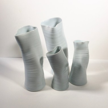 <span class=%22title%22>Two large vases</span>