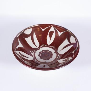 <span class=%22title%22>An Aldermaston Pottery open bowl<span class=%22title_comma%22>, </span></span><span class=%22year%22>1987</span>