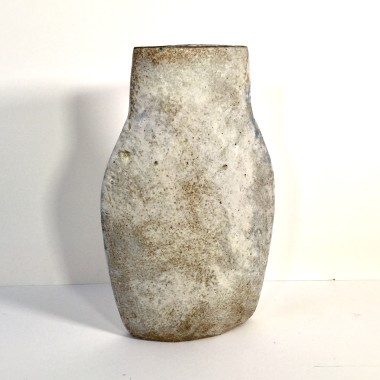 <span class=%22title%22>Shouldered oval vessel I</span>