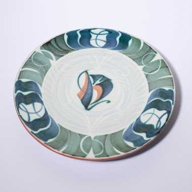 <span class=%22title%22>An Aldermaston Pottery plate<span class=%22title_comma%22>, </span></span><span class=%22year%22>1982</span>