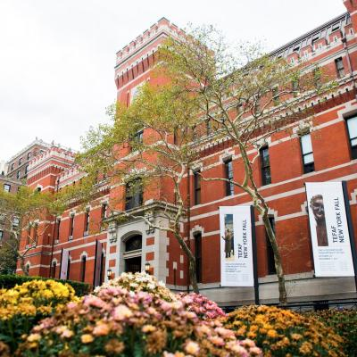 <p>TEFAF NY FALL 2018 EXHIBITOR LINE-UP</p>-<p>On the heels of the acclaimed second edition of TEFAF New York Spring, TEFAF announces the 2018 exhibitor list for TEFAF New York Fall.&#160;93&#160;exhibitors will take part in the third iteration of the Fair.</p>