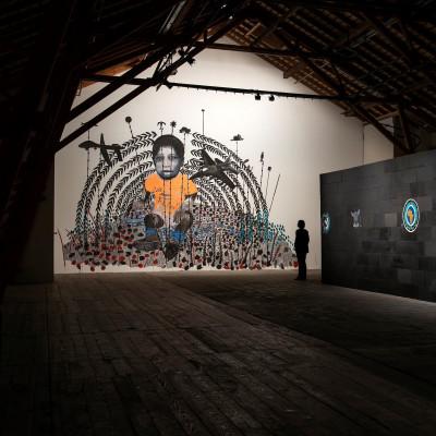 Omar Ba, Dead Time 1, Ferme-Asile, Sion. Photo: Robert Hofer.