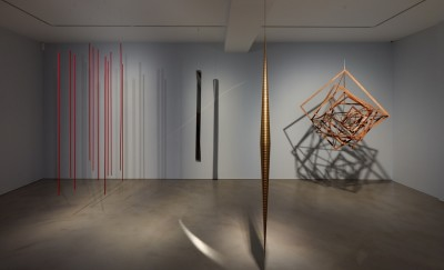 suspension – a history of abstract hanging sculpture 1918 – 2018