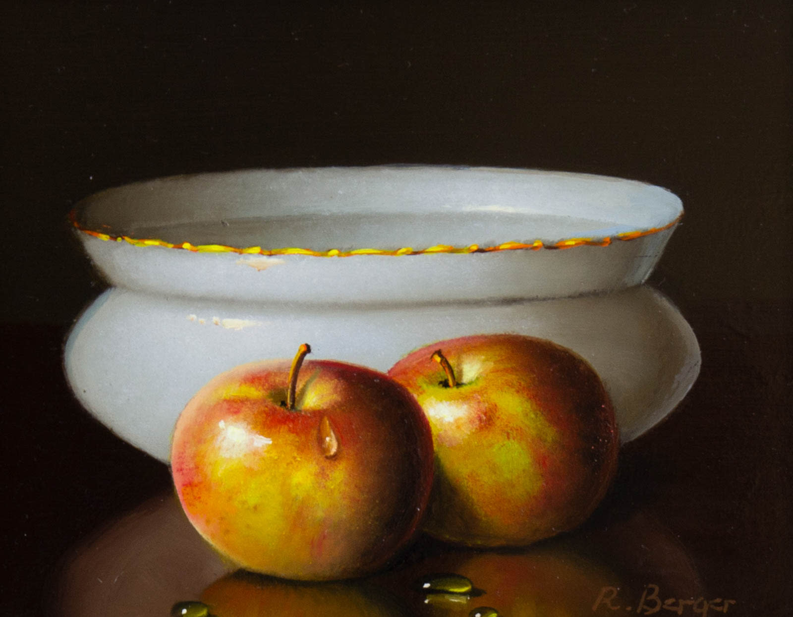 Two Apples With Bowl