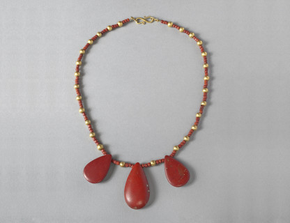 <span class=%22title%22>Egyptian Glass Necklace</span>