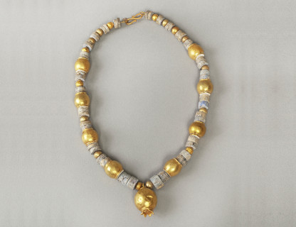 <span class=%22title%22>Bactrian Pomegranate Necklace</span>