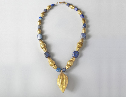 <span class=%22title%22>Bactrian Necklace </span>