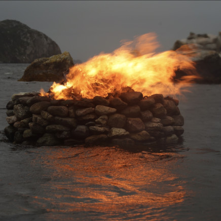 Julie Brook - Firestack, Autumn - Aird Bheag, Hebrides [H. 185 cm D. 200 cm], 2016