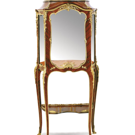 François Linke - A gilt-bronze mounted kingwood display cabinet, Napoleon III period, end of 19th century