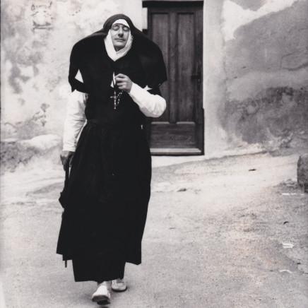 HELMUT NEWTON - the nun