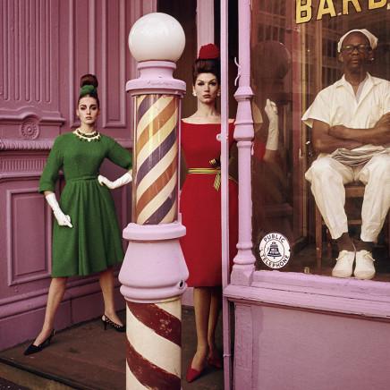 WILLIAM KLEIN - Antonia + Simone, Barbershop, New York (Vogue), 1961