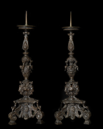 Bottega Roccatagliata, Pair of Bronze Candelabra, 17th Century