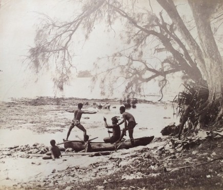 Charles Georges Spitz, Tahitien pêchant au harpon dans les reifs à Afaahiti, 1889