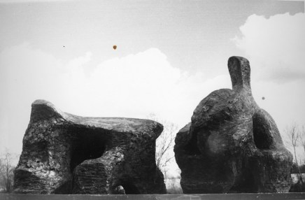 Henry Moore, Two Piece reclining figure No.2, 1960