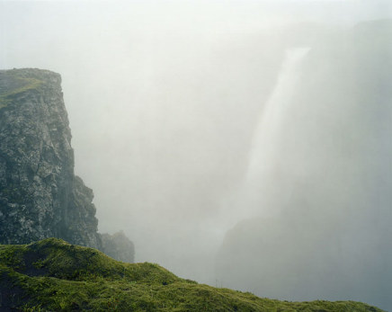 Olaf Otto Becker, The Háifoss waterfall in the rain , 07/2002
