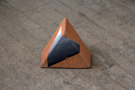 Sally Kindberg, Terracota Triangle 2, 2019