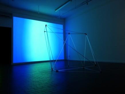Anne Katrine Senstad, Colour Synesthesia V (silent version) and UNIVERSALS (sculptural structure), 2013