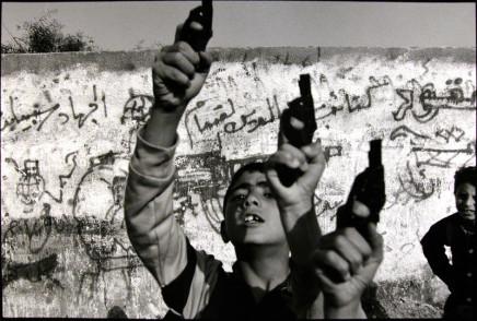 Larry Towell, Gaza City, Gaza, 1993
