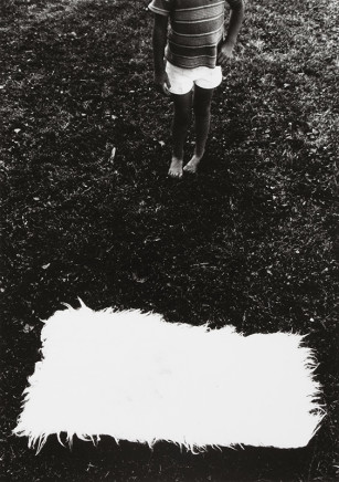 Larry Towell, Untitled [Boy and white rectangle], 1974