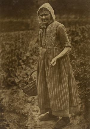 Minna Keene, Worker, 1902