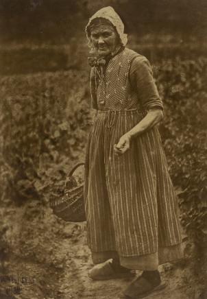 Minna Keene, Worker, 1902