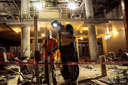 Larry Towell, Helmet Light, Union Station, Toronto, Canada, 2013