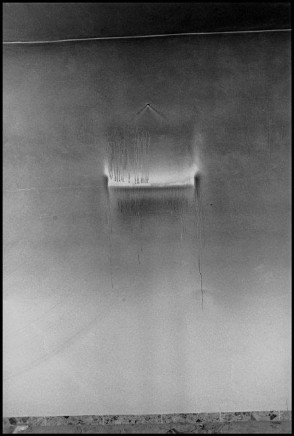 Larry Towell, Jenin Refugee Camp, West Bank [4], May 2002