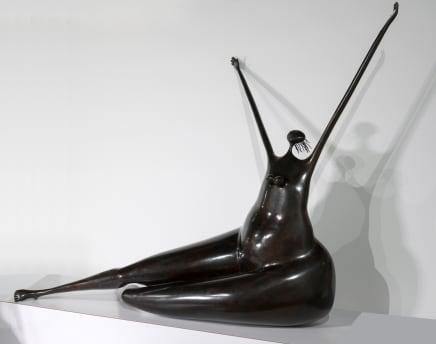 Abigail Varela, Mujer Sentada clamando al cielo II, 1995